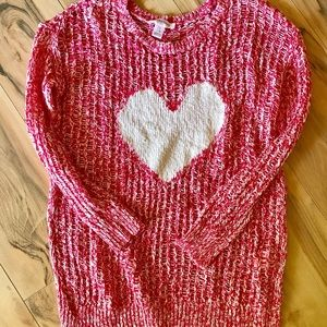 Heart maternity sweater Valentine